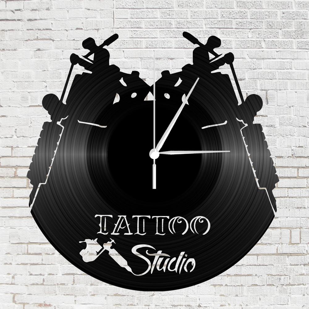 Bakelit óra - tattoo studio  e3f7b5d930