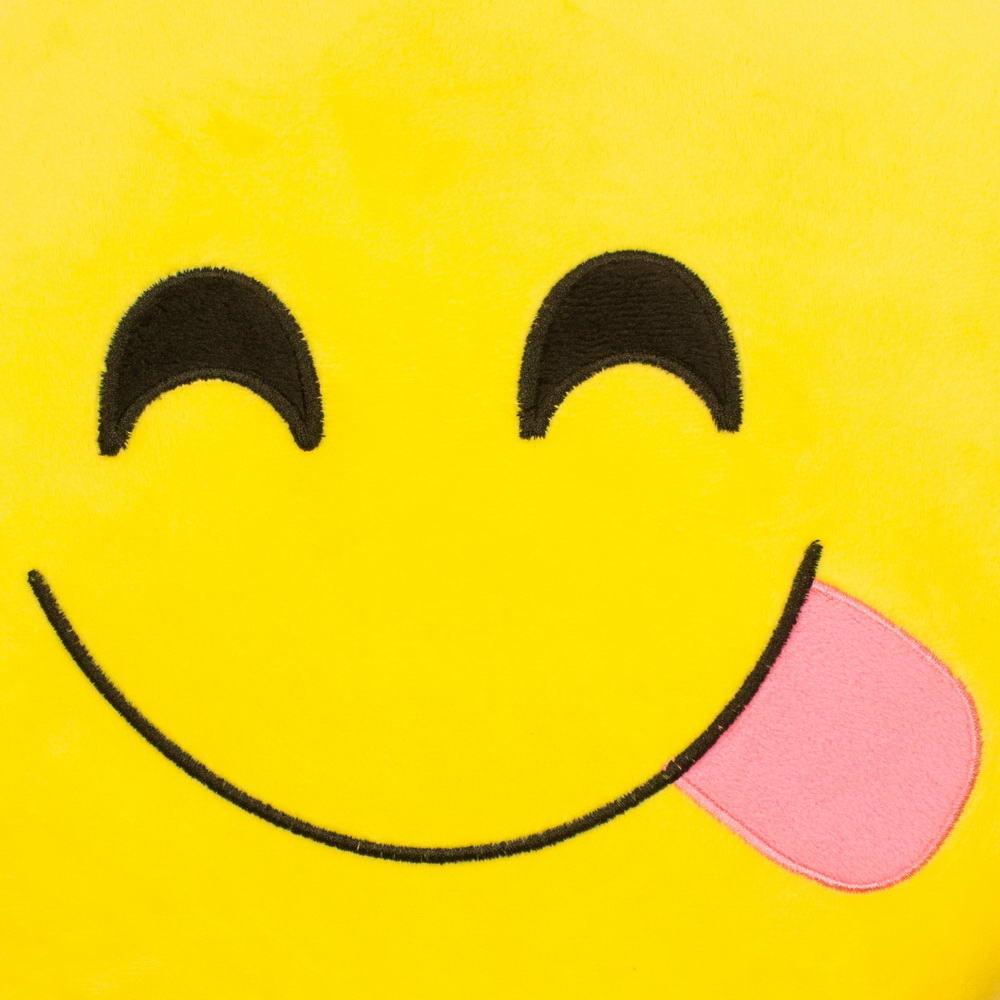 Nyelves emoji párna  93a7ddd824