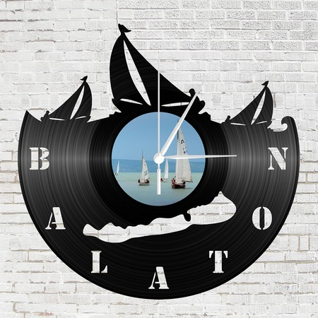 Bakelit óra - Balaton vitorlázóval