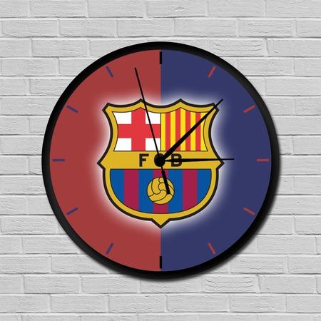 Barcelona falióra