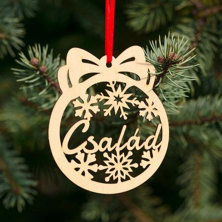 Fa karácsonyfadísz – Család