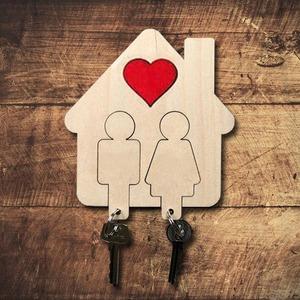 Fa kulcstartó pároknak